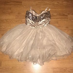 Xtraordinary Dresses - Gold dress for homecoming